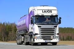 Vit släp för lilor för lastbil för Skåne halv behållare R410 Fotografering för Bildbyråer