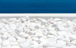 Vit stentextur med havet Royaltyfri Foto