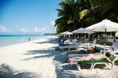 Vit strand, Boracay Royaltyfri Fotografi