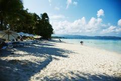 Vit strand, Boracay Royaltyfri Foto