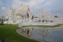 Vit tempelöverblick Royaltyfria Bilder