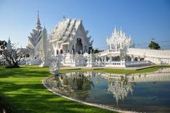 Vit tempel Arkivfoto
