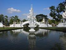 Vit tempel i Chiangmai, Thailand Fotografering för Bildbyråer