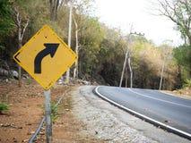 Vit undertecknar in lantliga vägar i Thailand arkivbild