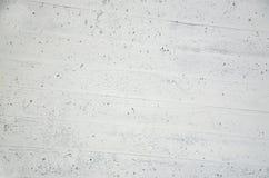 Vit vägg av betong med wood textur Royaltyfri Bild