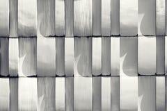 Vit väggmodell - arkitektonisk detalj Abstrakt textur tillbaka Arkivfoto