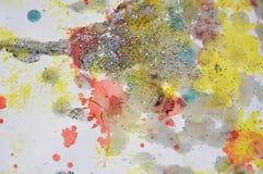 Vit vaxartad målarfärg för vattenfärg i mousserande toner och färger Royaltyfria Foton