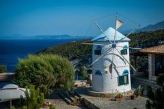 vit windmill Royaltyfria Bilder