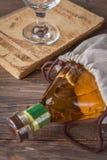 vit wine för flaska Royaltyfria Bilder