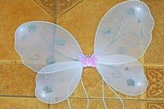 Vita ängelvingar royaltyfri fotografi
