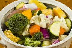 vita blandade grönsaker för bunke Royaltyfri Bild