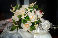 Vita blommor som gifta sig buketten Royaltyfri Foto