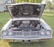 Vita Chevy Impala SS Front View Royaltyfri Bild