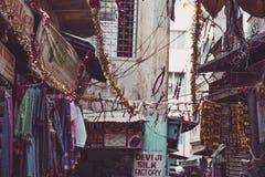 Vita del colorfull della via in India, Varanasi Fotografie Stock Libere da Diritti