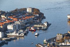 Vita del fiordo a Bergen, Norvegia immagine stock libera da diritti