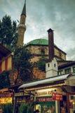 Vita di estate della via a Sarajevo Fotografia Stock