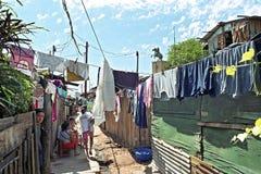 Vita di via in bassifondi Chacarita nella capitale Asuncion Fotografie Stock Libere da Diritti