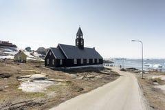 Vita eschimese nella città di Ilulissat della Groenlandia Maggio 2016 Immagini Stock Libere da Diritti