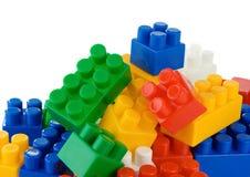vita färgrika isolerade toys Royaltyfri Bild
