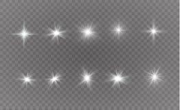 Vita gnistor blänker special ljus effekt Vektorn mousserar på genomskinlig bakgrund Julabstrakt begreppmodell stock illustrationer