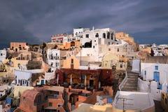 Vita Huset av den Oia byn, Santorini, Grekland Arkivfoton