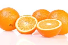 vita isolerade apelsiner Arkivfoto