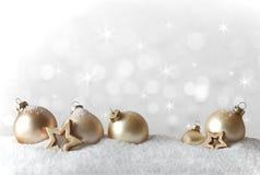 Vita julgrangarneringsnöflingor Royaltyfri Foto