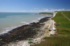 Vita klippor av södra England Arkivfoton