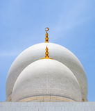 Vita kupoler av moskén Arkivbild