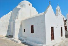 vita kyrkliga mykonos Royaltyfri Foto