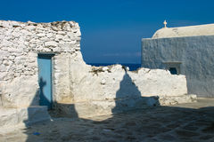 vita kyrkliga mykonos Royaltyfri Fotografi