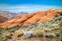 Vita Navajosandstenar i snökanjondelstatsparken, Utah arkivfoto