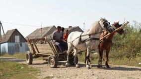 Vita nel Transcarpathia dell'Ucraina di stabilimento di Roma video d archivio