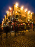 Vita notturna della barra del tempiale a Dublino Fotografie Stock
