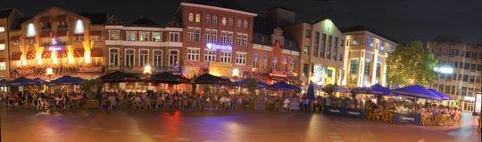 Vita notturna a Eindhoven, Paesi Bassi Immagini Stock
