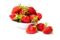 vita nya isolerade jordgubbar Royaltyfria Bilder