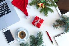 Vita objekt för tema för jul för bästa sikt för affärstabell Royaltyfri Fotografi