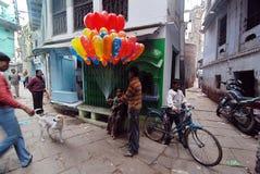 Vita quotidiana della gente di Varanasi Fotografie Stock Libere da Diritti