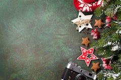 vita röda stjärnor för abstrakt för bakgrundsjul mörk för garnering modell för design Royaltyfria Foton
