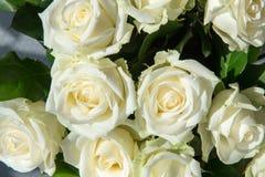 Vita rosor på bröllop Royaltyfri Fotografi