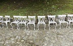 vita stolstabeller fotografering för bildbyråer