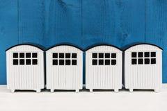 Vita strandhus Arkivbild