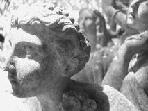 vita svarta statyer royaltyfria foton