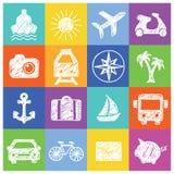 Vita symboler för sommar och för lopp på färgrik bakgrund Royaltyfri Fotografi