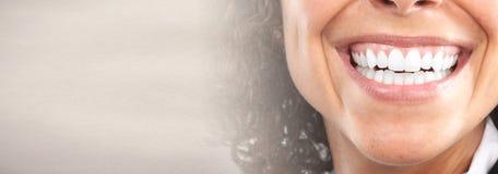 vita tänder arkivfoton