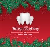 Vita tandsymboler i formen av en julgran på en röd bakgrund Vektorbeståndsdelar för nytt år stock illustrationer