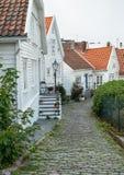 Vita trähus i Stavanger, Norge arkivfoton