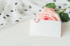 vita valentiner för st för bakgrundsdaghjärta Royaltyfri Fotografi
