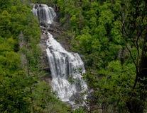 Vita vattenfall Arkivbild