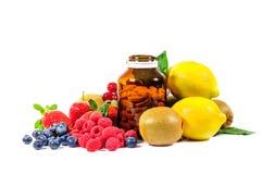 Vitamin C och blandningfrukt Arkivfoto